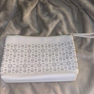 A old navy clutch purse